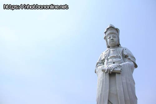 Tượng quan âm không lồ Takasaki Byakue Dai Kannon - tỉnh Gunma Nhật Bản