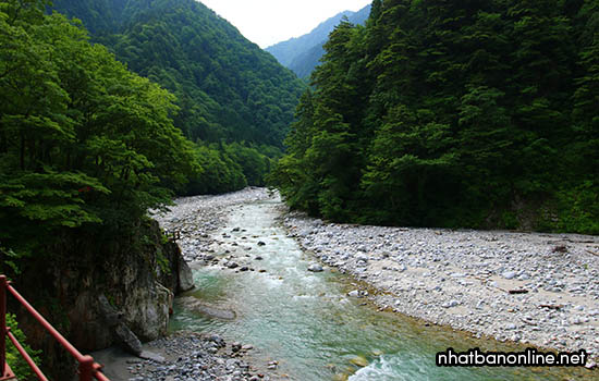 Khe núi Kurobe