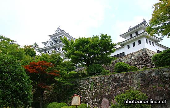Thành Gujo Hachiman - tỉnh Gifu Nhật Bản