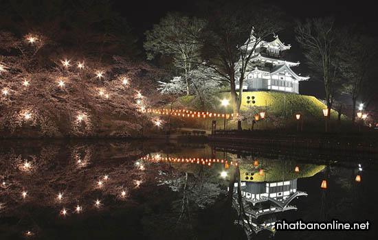 Tháp Mie-yagura của thành Takada
