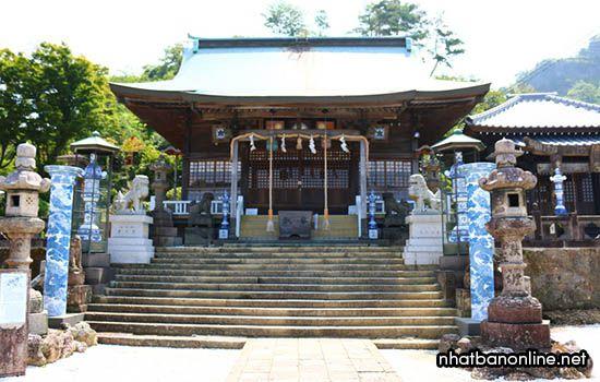 Đền Sueyama tỉnh Saga Japan - nơi thờ ông tổ nghề gốm