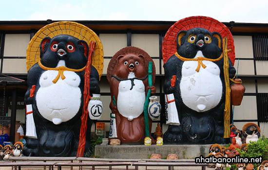 Làng Shigaraki Tanuki - tỉnh Shiga Japan