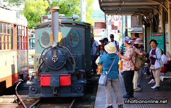 Tàu lửa Botchan - tỉnh Ehime Japan
