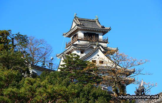 Thành Kochi - biểu tượng của tỉnh Kochi Japan