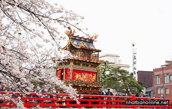 Lễ hội Takayama ở Gifu Nhật Bản
