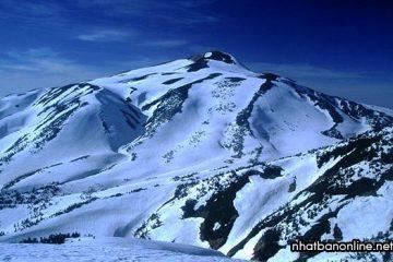 Núi Hakusan, một trong ba ngọn núi thánh của đất nước mặt trời mọc