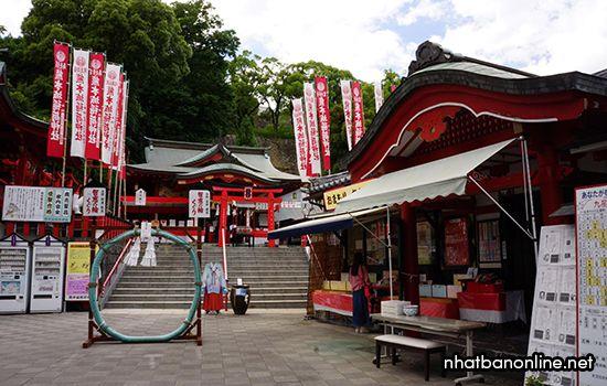 Đền Kumamoto-jo Inari