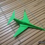 Cách gấp máy bay giấy đẹp