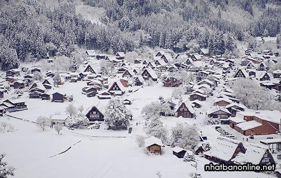 Làng cổ Shirakawago vào mùa đông